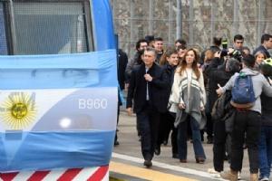Llegó a Retiro el primer tren de la línea San Martín 00165
