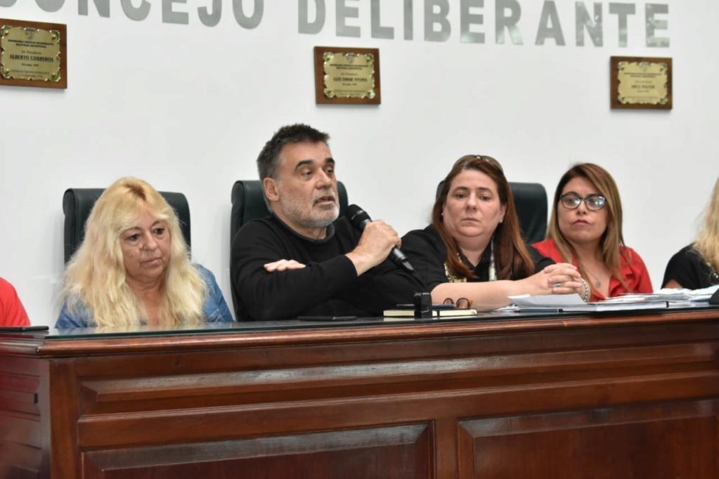 Malvinas Argentinas: la relación de Cariglino con prostíbulos. 00186