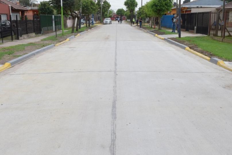 Malvinas Argentinas: El intendente Nardini inauguró el pavimento de Cnel. Bogado. 20191110