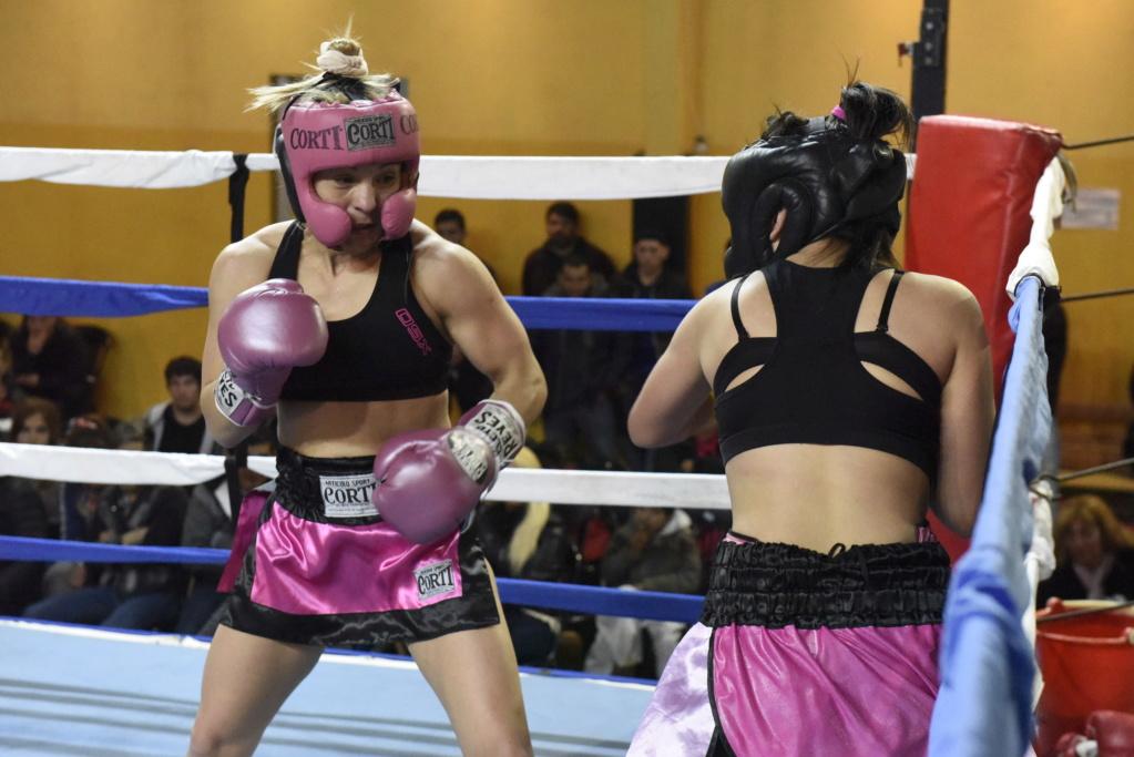 Malvinas Argentinas: exhibición de boxeo y kick boxing. _dsc8210