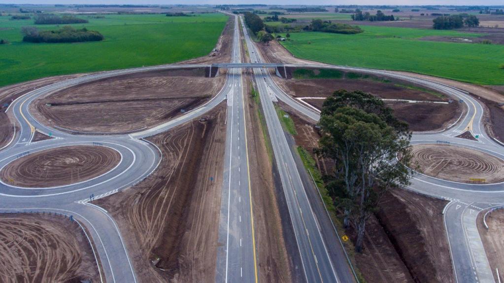 Junín:; Petrecca acompaña a Macri y Vidal en la inauguración de tres tramos de la Autopista _jcc5911