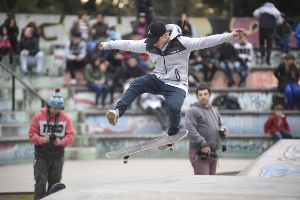 Malvinas Argentinas: jornada a pleno Skate Img-2014