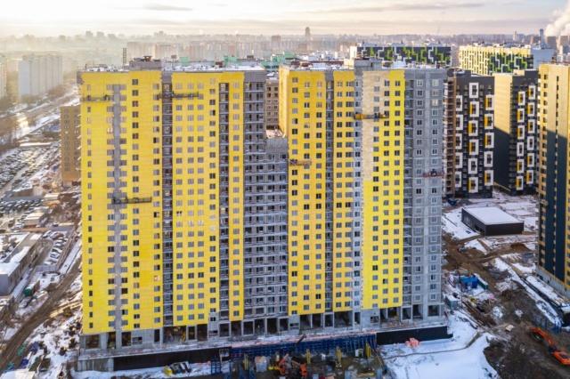 """На ЖК """"Летний сад"""" - начался монтаж фасадных конструкций корпусов второй очереди строительства - Страница 2 2025"""