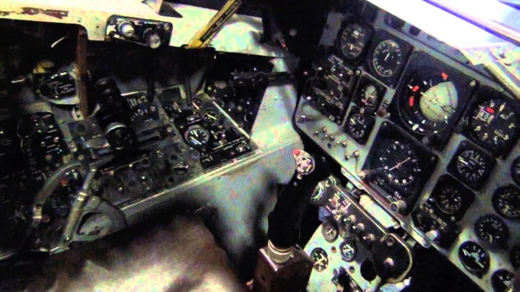 F-4e aup haf 1/72 Maxres10