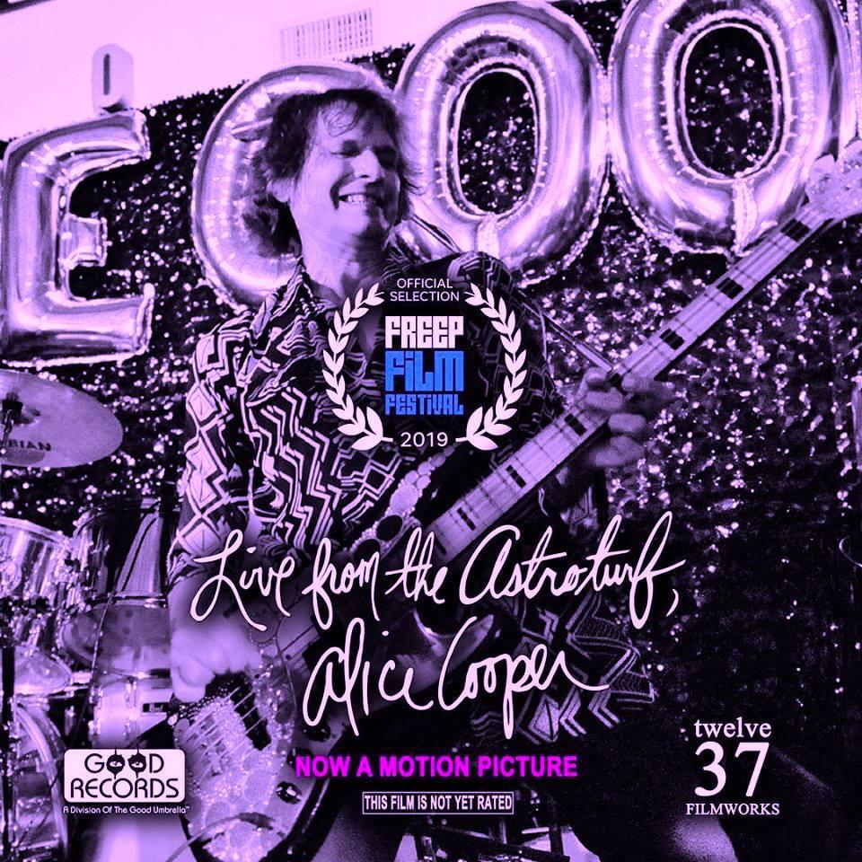 Alice Cooper reparte niños muertos - Página 11 01591