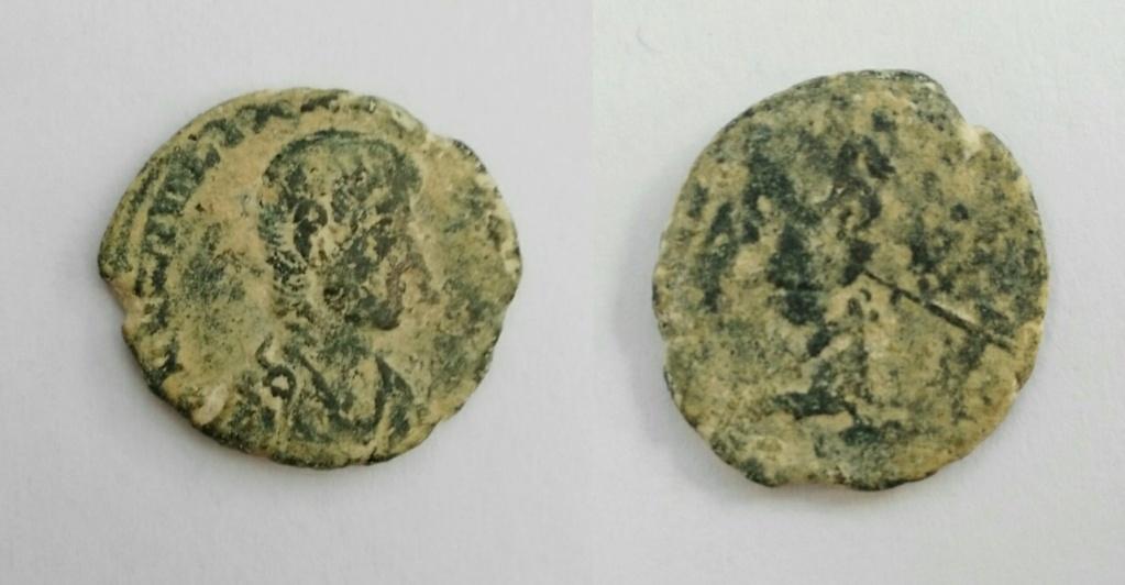 AE3/4 de Juliano II. FEL TEMP REPARATIO. Soldado romano alanceando a jinete caído. Img_2032