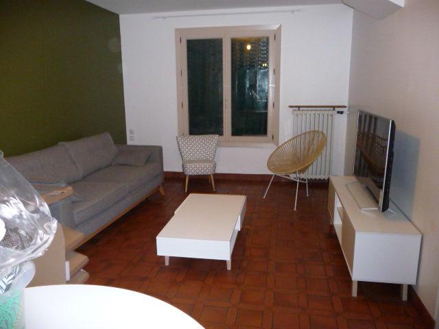 Conseil couleur canapé couleur table basse et disposition des meubles - Page 3 P1130512