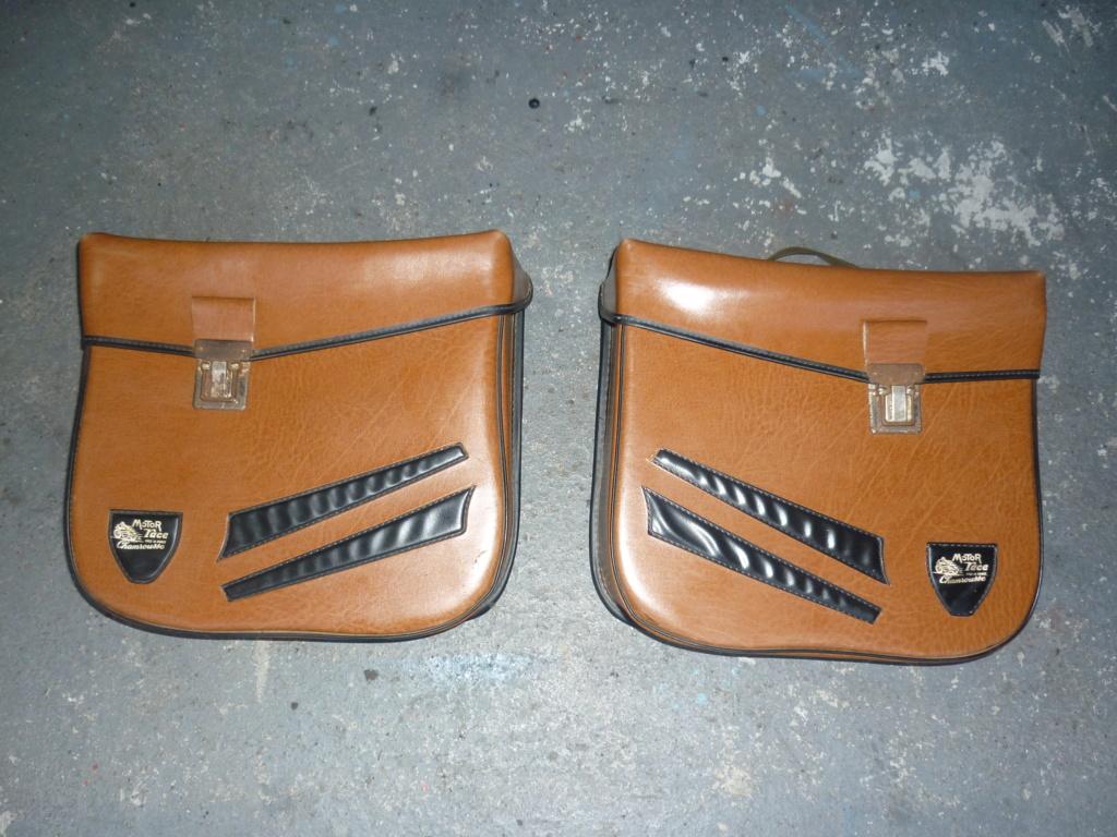 vends sacoches d epoque fabrication française   (vendues) P1120428