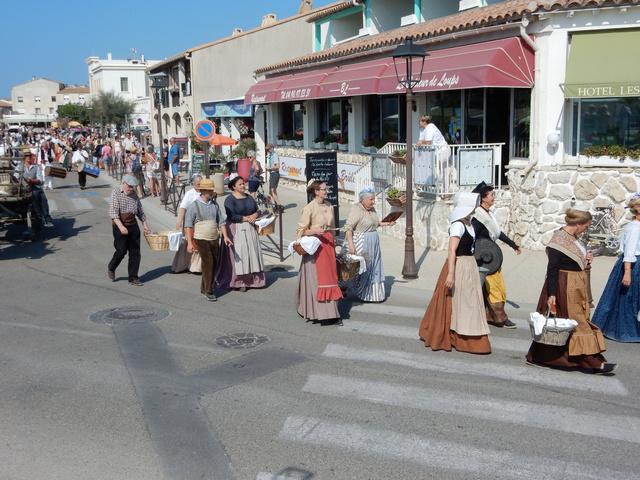 [Autres voyages/France] Traditions Provençales - Page 2 11_lav10
