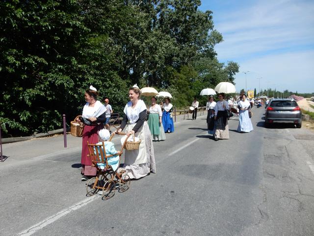 [Autres voyages/France] Traditions Provençales - Page 2 21_arl10