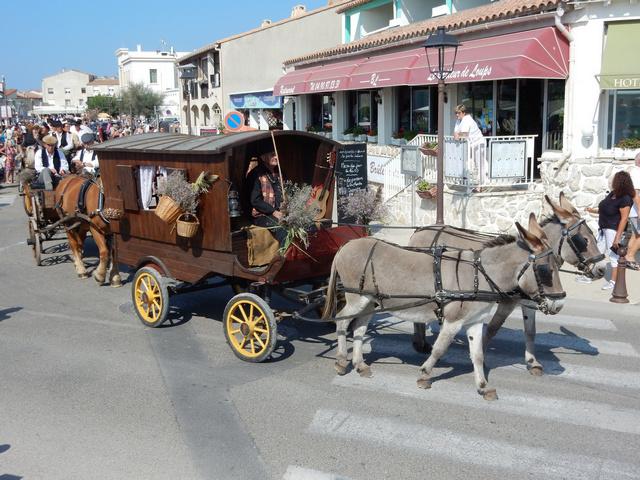 [Autres voyages/France] Traditions Provençales - Page 2 22_rou10
