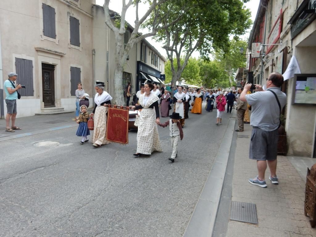[Autres voyages/France] Traditions Provençales 2_arlz10
