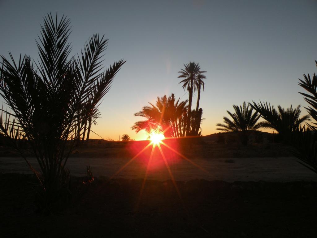 [nos beaux pays : la France, le Maroc et .....  le Monde] Couchers de soleil - Page 6 7_leve10