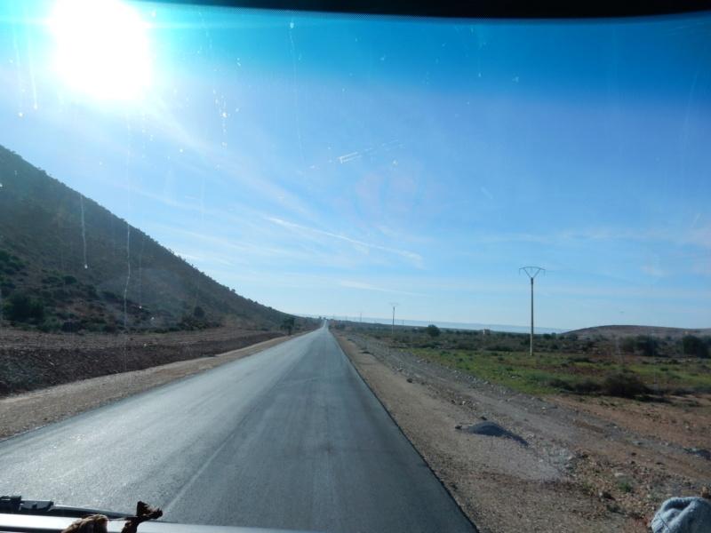 [Carburant, Routes, Police] Route Nesti - Guelmin Dscn5229