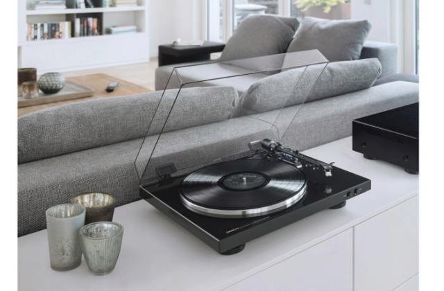 Denon DP-300F Fully Automatic Analog Turntable Es_31510