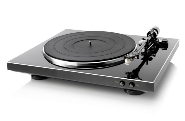 Denon DP-300F Fully Automatic Analog Turntable Es_den18