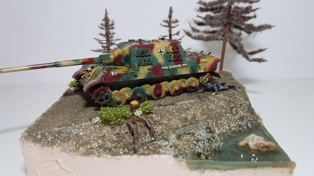 JagdTiger 128mm pak 44L-61 - 1/72 - Page 2 20190874