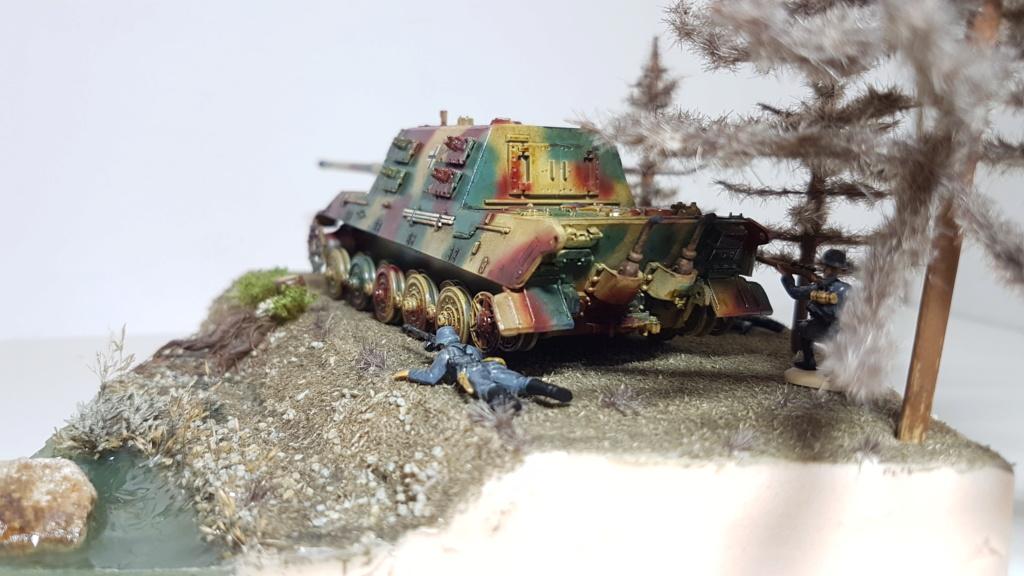 JagdTiger 128mm pak 44L-61 - 1/72 - Page 2 20190875