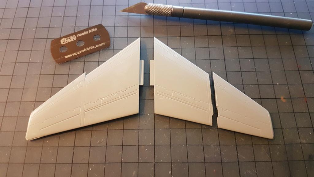 [Montage fini] A-7E Corsair II - 1/72 - Page 2 20191195