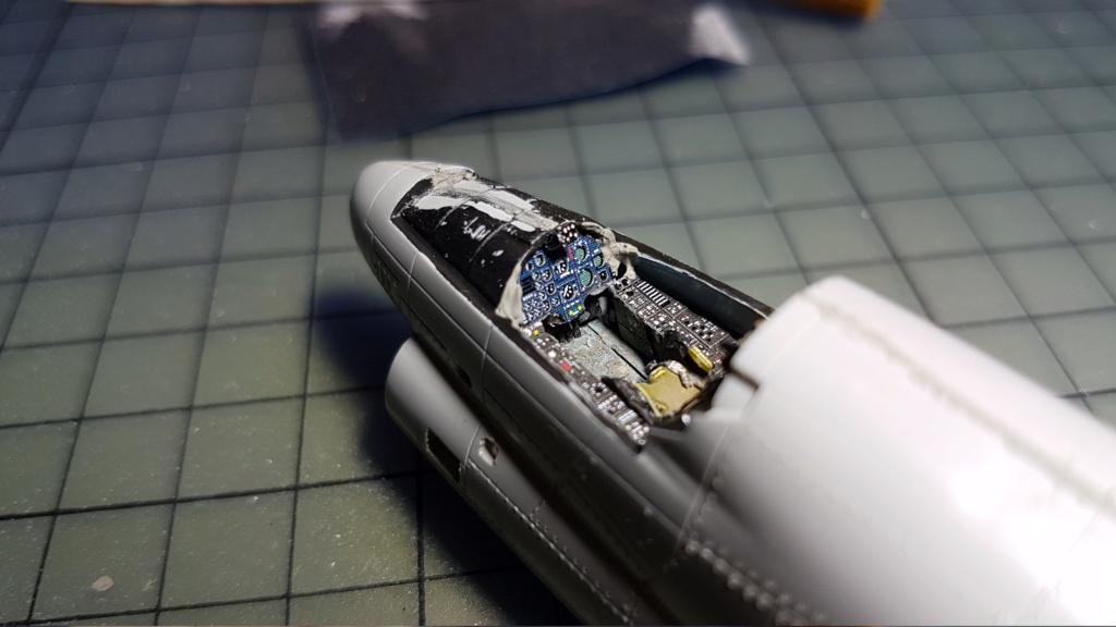 [Montage fini] A-7E Corsair II - 1/72 - Page 4 20191273