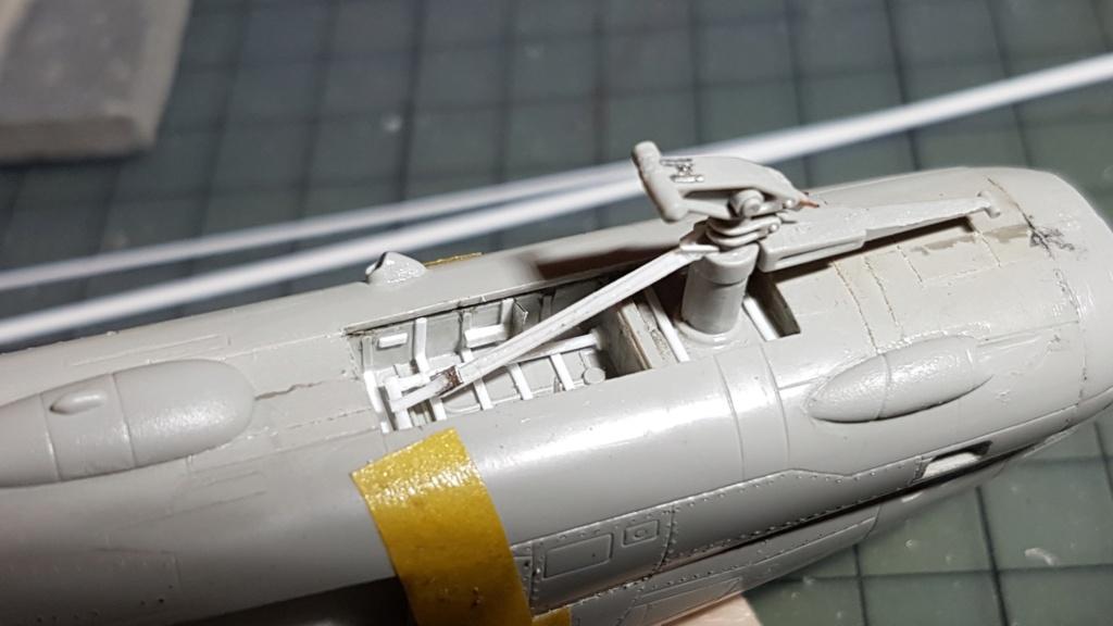 [Montage fini] A-7E Corsair II - 1/72 - Page 5 20191322