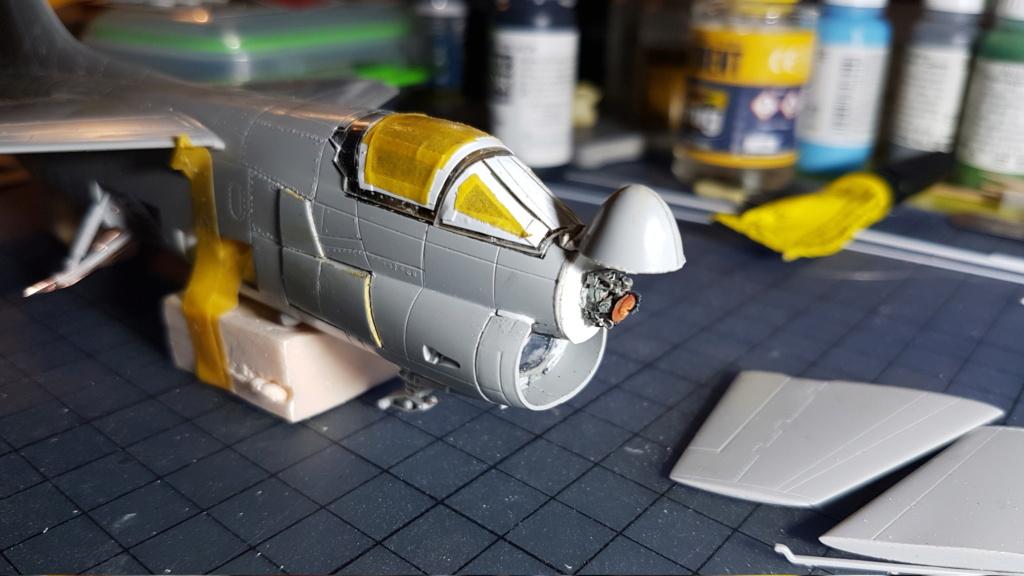 [Montage fini] A-7E Corsair II - 1/72 - Page 5 20191328