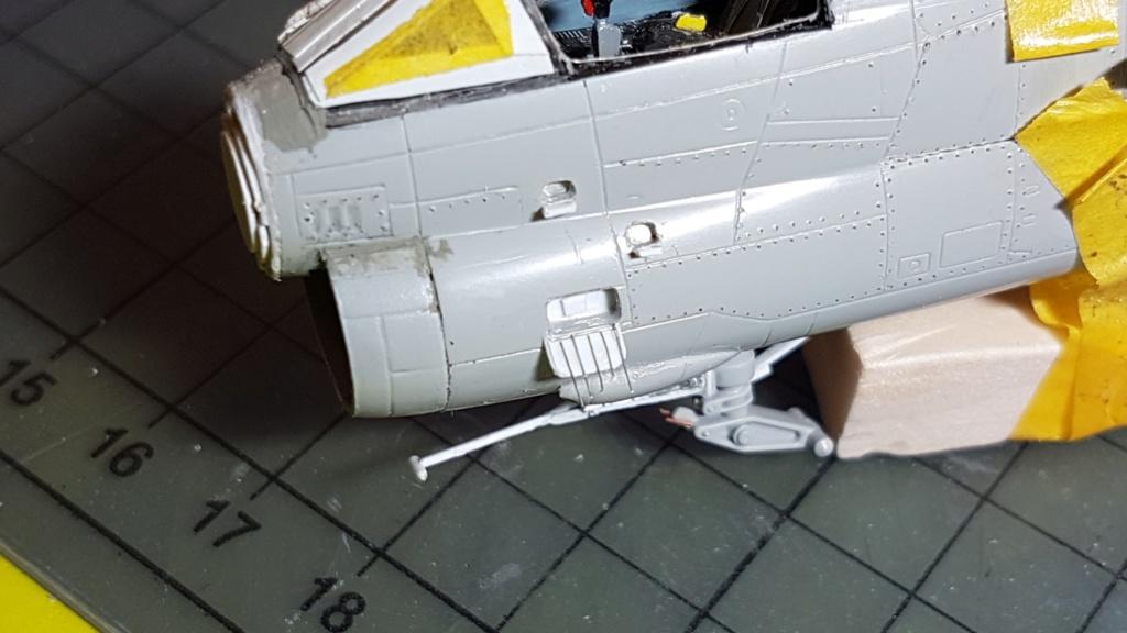 [Montage fini] A-7E Corsair II - 1/72 - Page 5 20191356