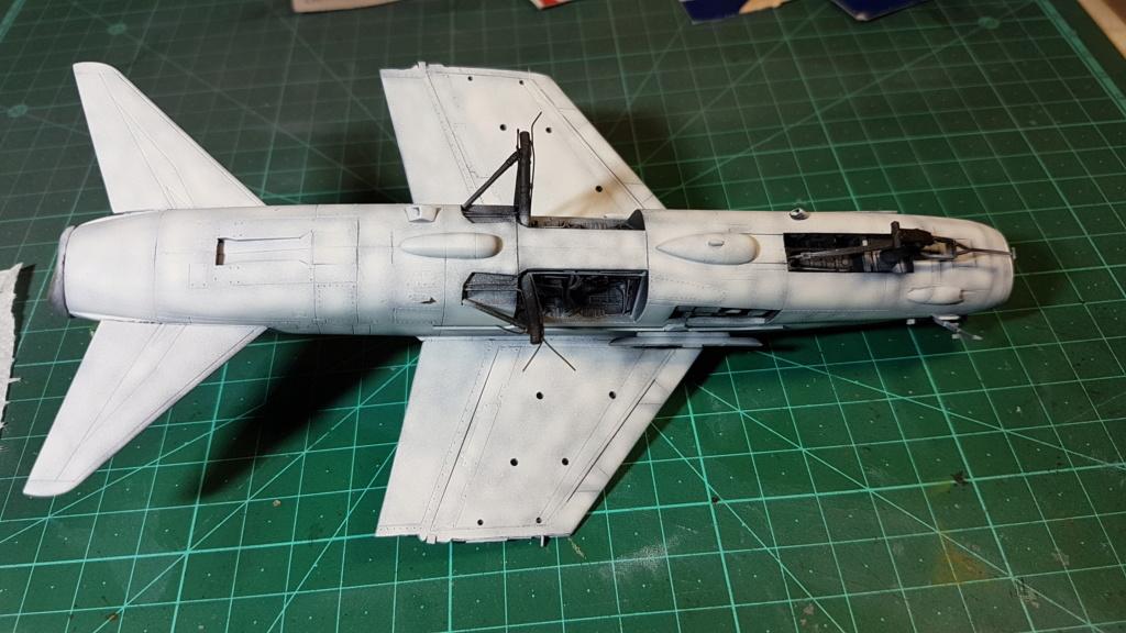 [Montage fini] A-7E Corsair II - 1/72 - Page 6 20191380