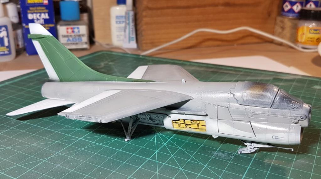 [Montage fini] A-7E Corsair II - 1/72 - Page 6 20191392