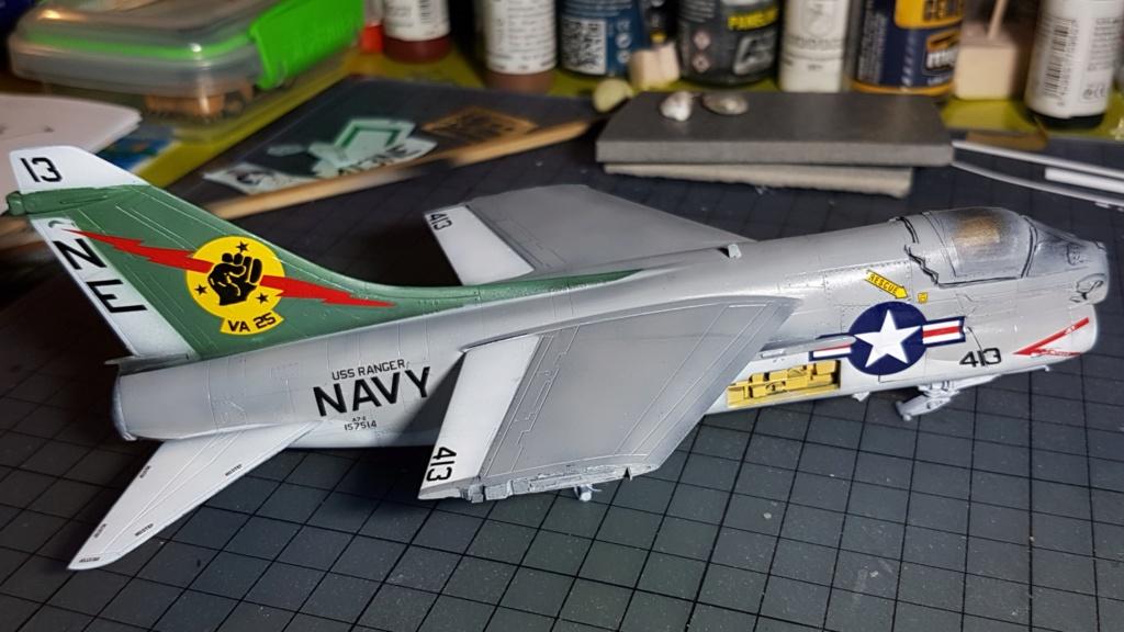 [Montage fini] A-7E Corsair II - 1/72 - Page 6 20191398
