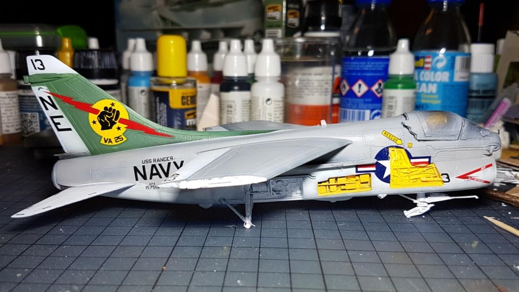 [Montage fini] A-7E Corsair II - 1/72 - Page 6 20191399