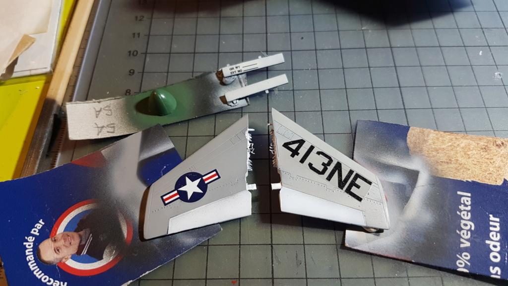 [Montage fini] A-7E Corsair II - 1/72 - Page 7 20191406