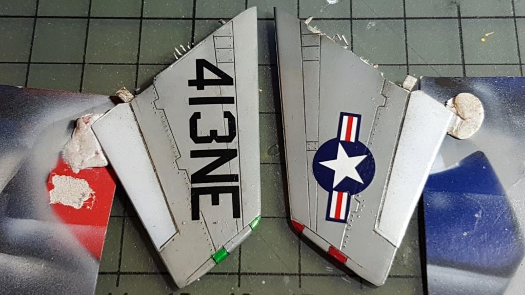 [Montage fini] A-7E Corsair II - 1/72 - Page 7 20191421