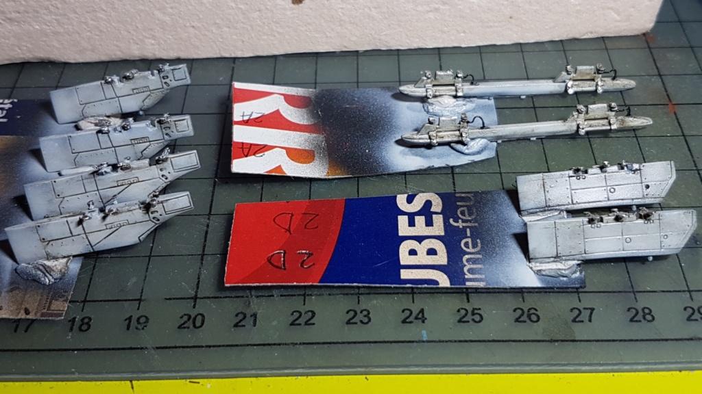 [Montage fini] A-7E Corsair II - 1/72 - Page 7 20191422