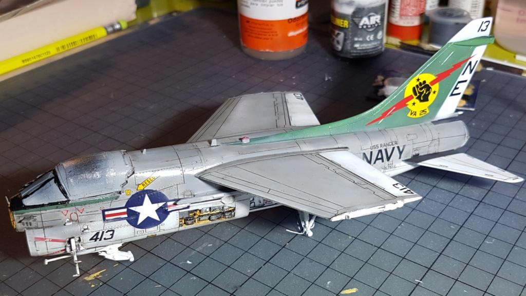 [Montage fini] A-7E Corsair II - 1/72 - Page 7 20191429