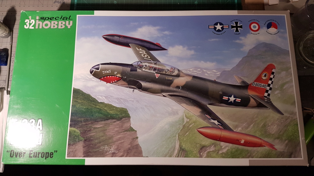 [Unboxing] T-33A T-Bird - 1/32 20200435