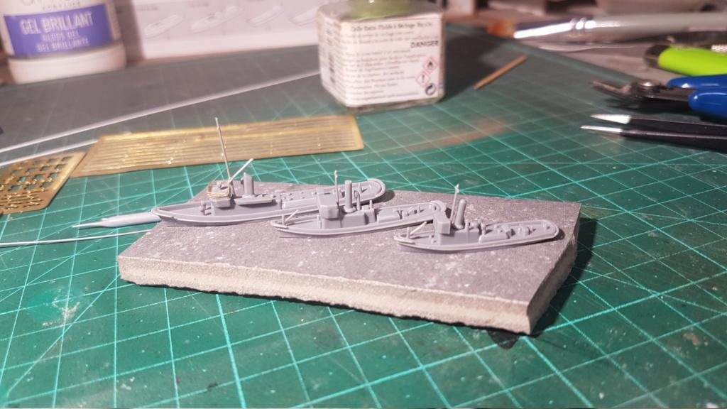 [Montage] Port/arsenal de Kure WWII - 1/700 - Page 4 20200636