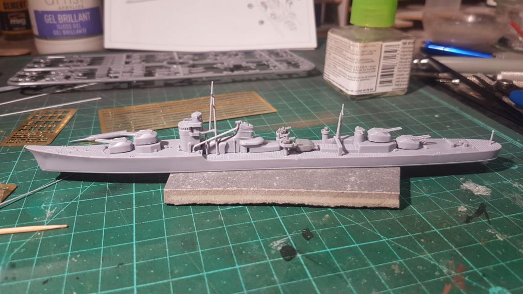 [Montage] Port/arsenal de Kure WWII - 1/700 - Page 4 20200638