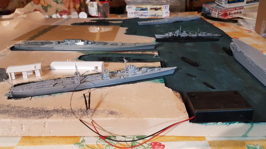 [Montage] Port/arsenal de Kure WWII - 1/700 - Page 4 20200660