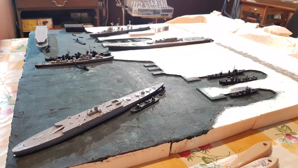 [Montage] Port/arsenal de Kure WWII - 1/700 - Page 4 20200663