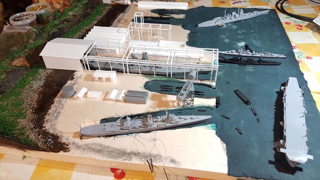[Montage] Port/arsenal de Kure WWII - 1/700 - Page 4 20200673