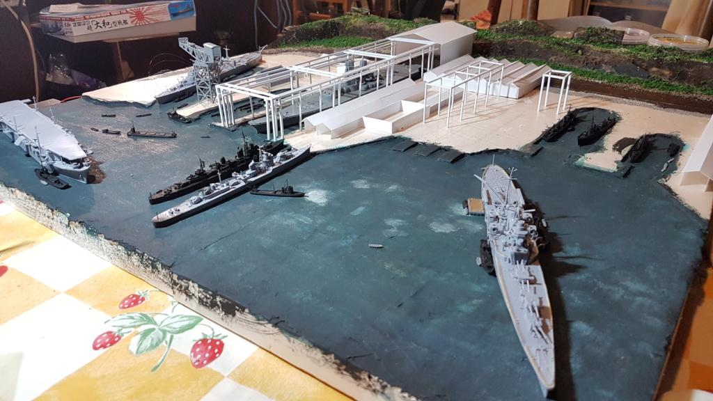 [Montage] Port/arsenal de Kure WWII - 1/700 - Page 4 20200678