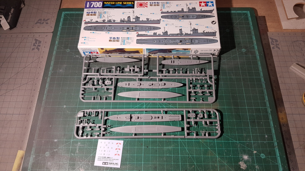 [Montage] Port/arsenal de Kure WWII - 1/700 - Page 6 20200746