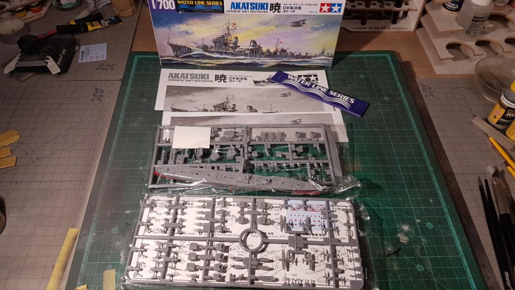 [Montage] Port/arsenal de Kure WWII - 1/700 - Page 6 20200747