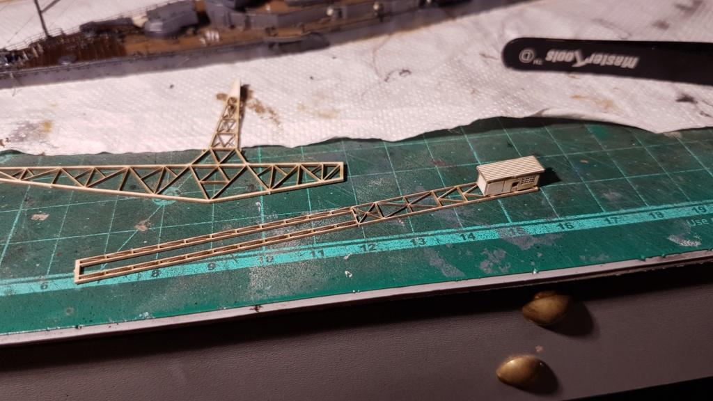 [Montage] Port/arsenal de Kure WWII - 1/700 - Page 10 20200846