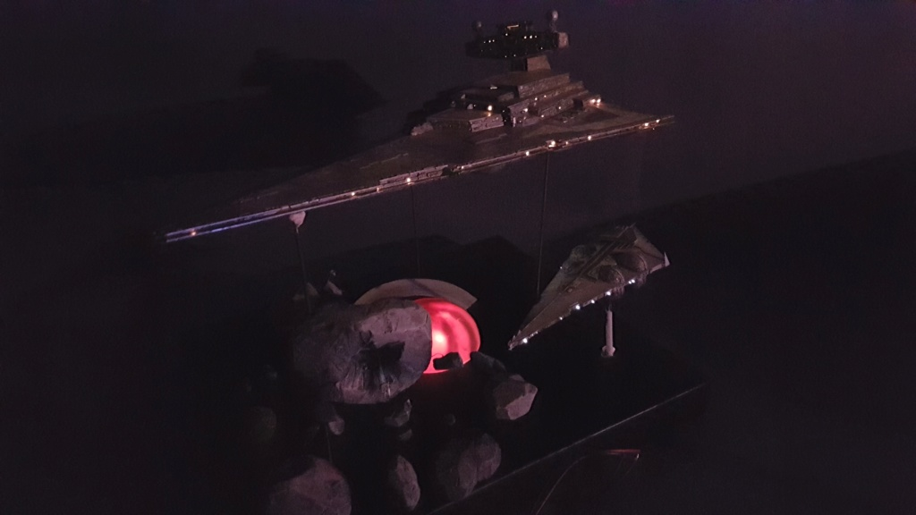 [Montage] Imperial Star Destroyer - 1/4000 - Page 4 20200883