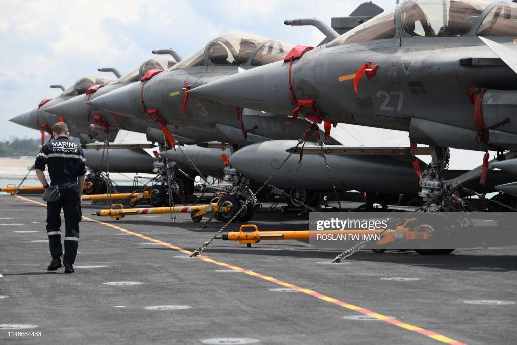 [Montage fini] Dassault Rafale M - 1/72 - Page 2 Gettyi10