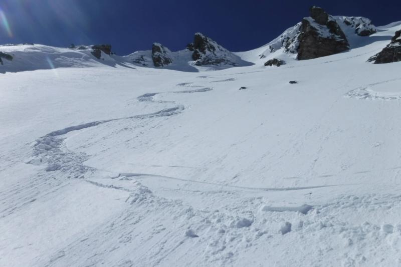 Comme quoi on peut encore faire du beau ski....! Dscf0410