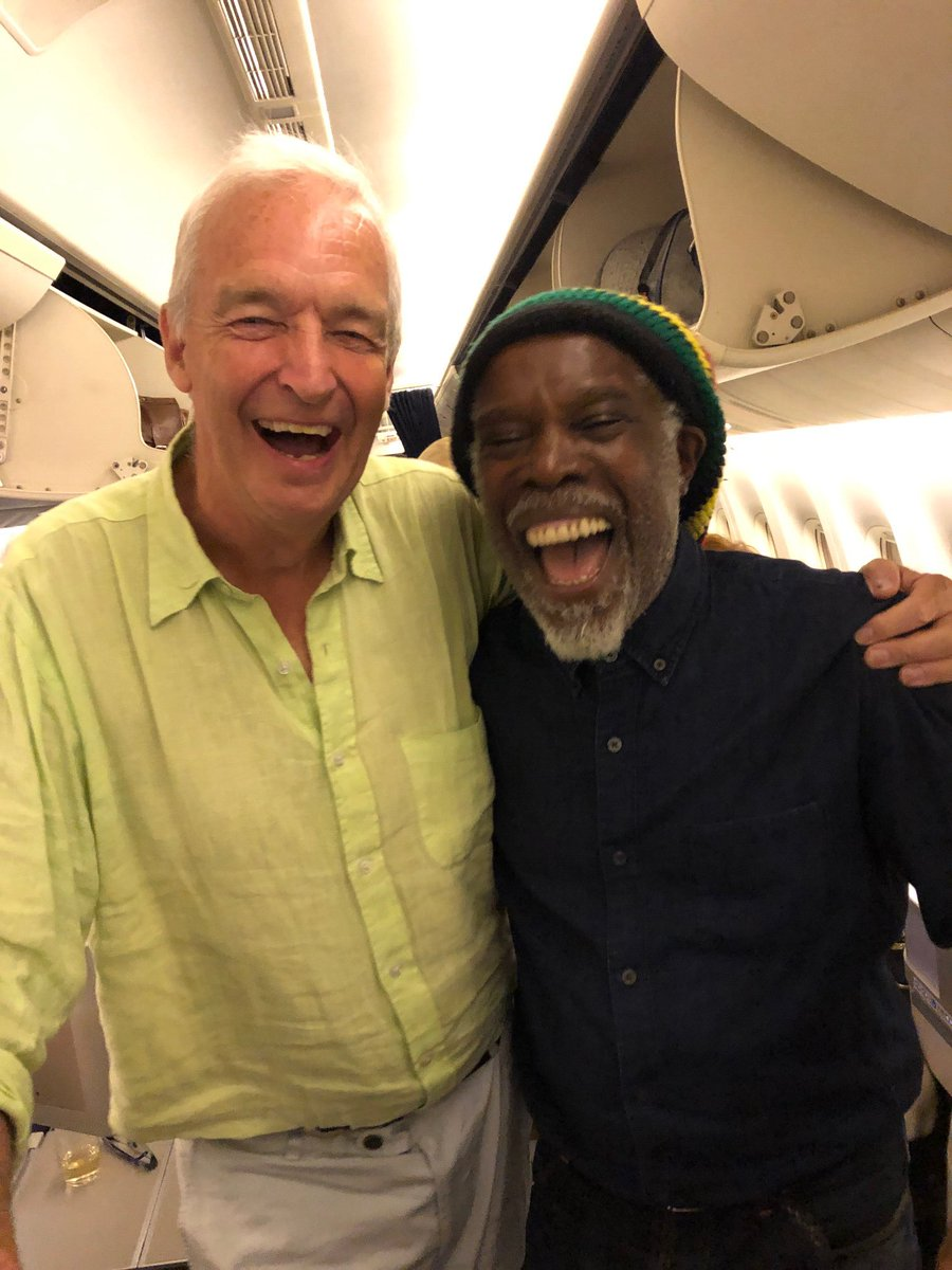 Unlikely celebrities pictured together - Page 2 Jonsno10