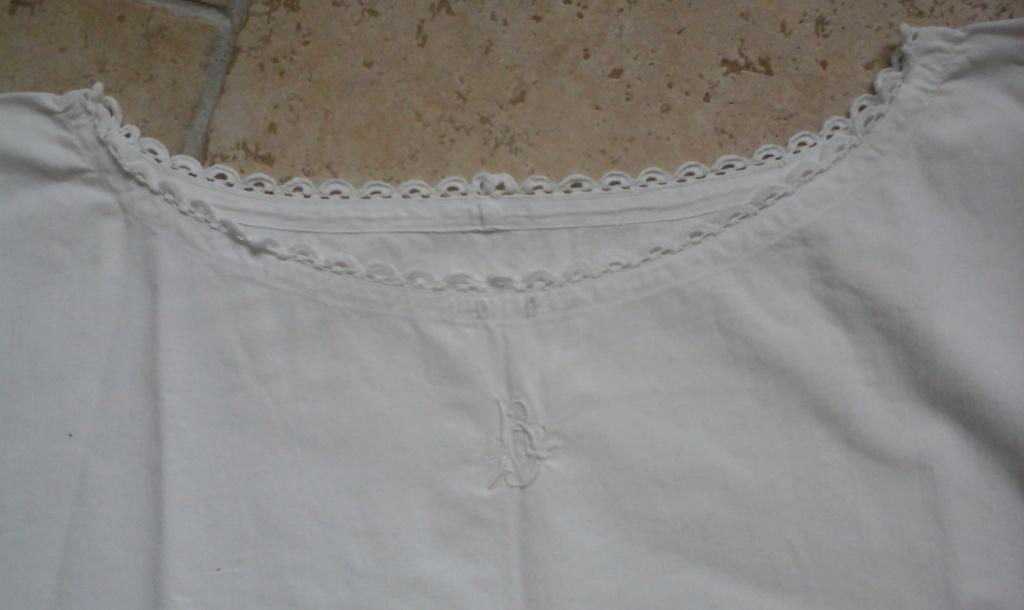 A vendre : chemise en drap de coton 20ème 20181013